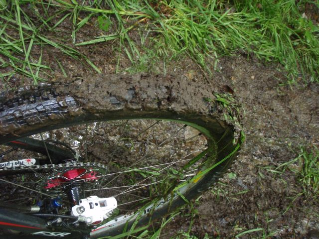 specialized-captain-clogged-with-mud-conrad-stoltz