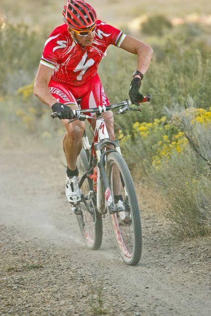 conrad-stoltz-thrilla-cyclo-cross-checking-suunto
