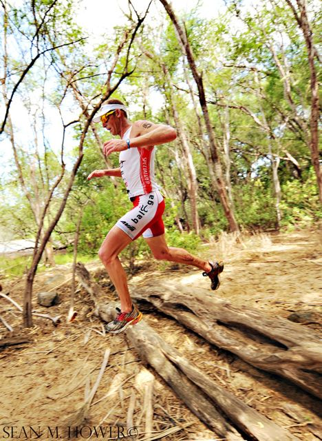 conrad-stoltz-xterra-worlds-2010-beach-run-by-sean-hower