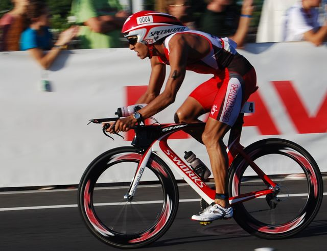 macca chris mccormack kona ironman 2010 specialized shiv by conrad stoltz