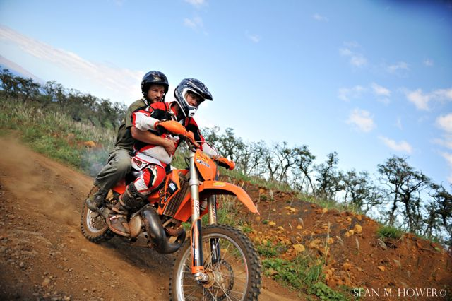 xterra-world-champs-tv-crew-ktm-300