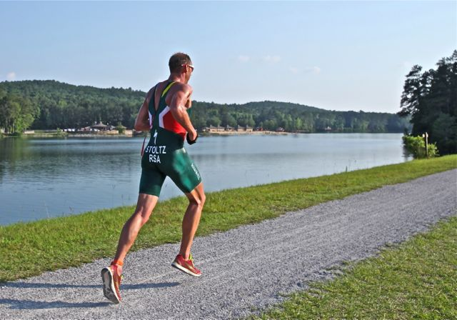 conrad-stoltz-cross-tri-world-champs-2012-avia-mantis-run