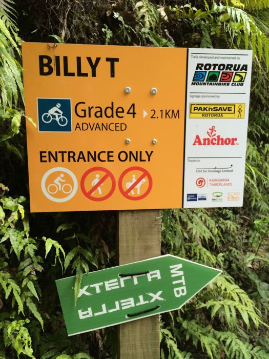 Conrad Stoltz XTERRA New Zealand Rotorua Billy T single track