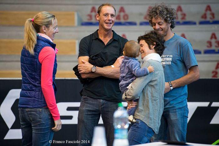 Conrad Stoltz Caveman XTERRA Italy 2014 Ezechiel & family