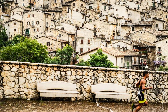Conrad Stoltz Caveman XTERRA Italy 2014 Scanno town