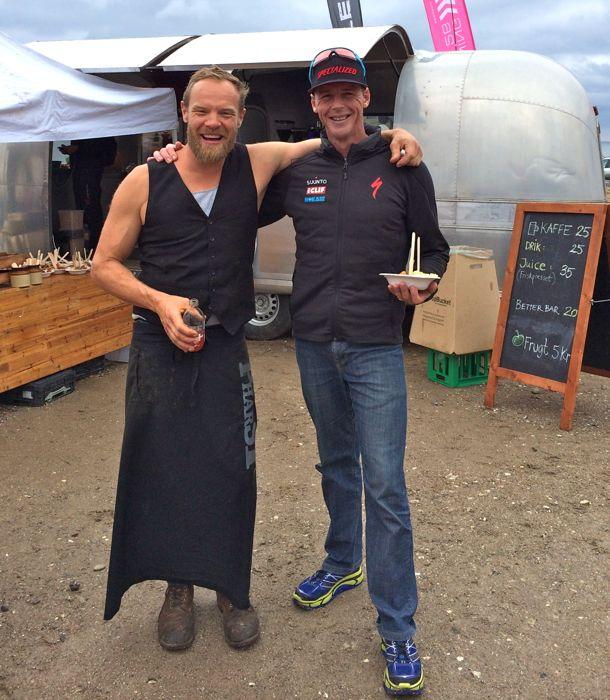 Conrad Stoltz Caveman XTERRA Denmark 2014 Viking Chef Organic snack stand